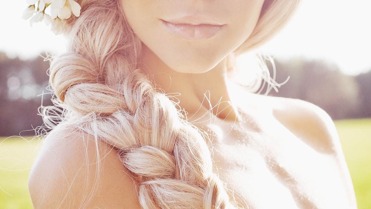 Loreal-Paris-BMAG-Article-How-To-Create-A-Boho-Layered-Braid-D-new